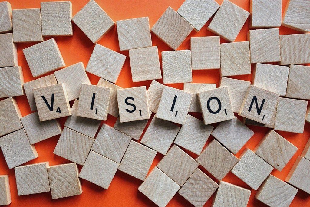 """Scrabble-Steine, die das Wort """"Vision"""" zeigen"""