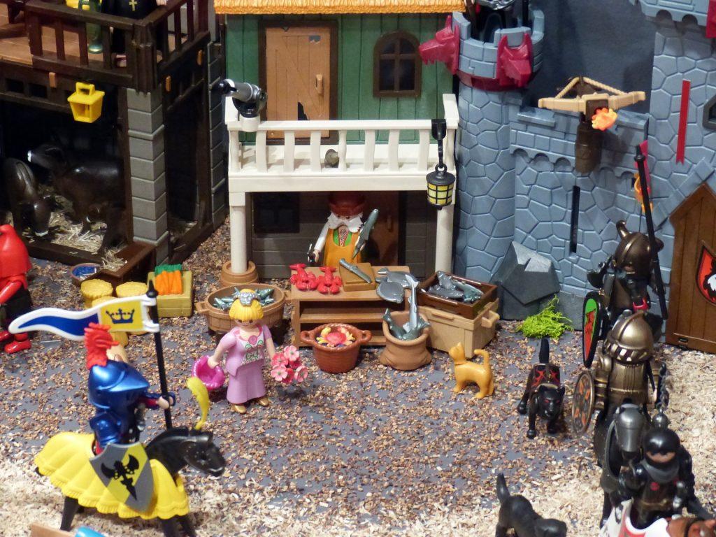 Eine Spielzeug Ritterburg von Playmobil.