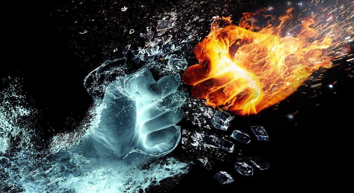 Zwei Fäuste prallen aufeinander, die eine aus Wasser, die andere aus Feuer